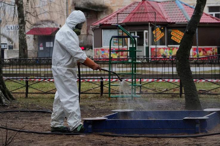Тотальной дезинфекции в Ленинградской области ровно год